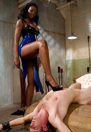 Ebony Dominatrix Porn