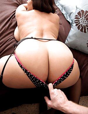 Mature big tit sexy women great ass Big Tits Pics Free Big Tits Picture Galleries
