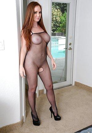 Mia aunt popular nude pics porn-porno