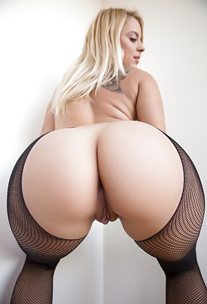 Gorgeous blonde big ass Hot Big Booty Blonde Pics With Big Booty Women